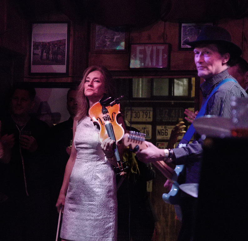 mekon-fiddle-guit